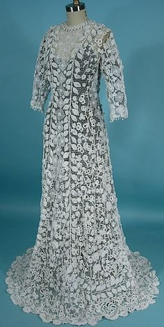 1910 Irish Crochet Lace Gown -- I cannot get enough of these Irish Crochet gowns.  They are breathtaking, esp. when you consider that is all hand work.