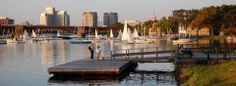 Explore community sailing in Boston.