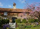 Holiday Cottages in Great Snoring, North Norfolk, England E9096