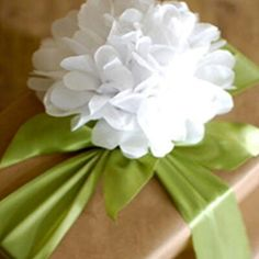 What's the #secret to guests swooning over #wedding #gifts? It's simple really: #pretty #packaging!