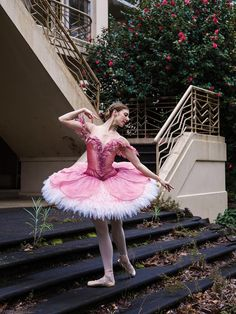 Lana Jones in the Australian Ballet's Sleeping Beauty Photo by Kate Longley, Costume design by Gabriela Tylesova Theatre Costumes, Ballet Costumes, Cool Costumes, Dance Costumes, Ballerina Costume, Carnival Costumes, Tutu Ballet, Ballet Dancers, Ballet Wear