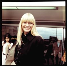 Mary Travers of Peter Paul & Mary Music Den, Folk Music, Mary Travers, Peter Paul And Mary, Images Of Mary, November 9th, Famous Women, Female Singers, Celebrities