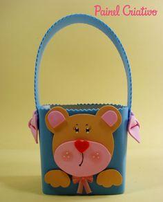Como fazer lembrancinha EVA caixinha de leite  porta guloseima ursinho dia das crianças, volta as aulas, festa aniversario.
