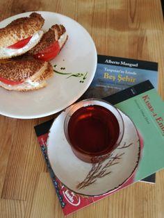 Çay ve Simit, Turkish Tea and Simit...