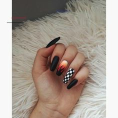 # Fall nail ideas checkered ⠀⠀⠀⠀⠀⠀⠀⠀⠀⠀⠀⠀✰- 5 practical ways to apply nail polish without errors Es ist fast eine Prüfung, Nagellack richti Edgy Nails, Aycrlic Nails, Grunge Nails, Stylish Nails, Trendy Nails, Swag Nails, Coffin Nails, Manicures, Black Acrylic Nails