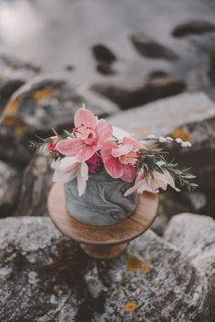 Intimate wedding elopement shoot set against the backdrop of a dark Norwegian fjord, with epic mountain landscapes and moody chic Nordic minimalism. Scandinavian Wedding, Gray Wedding Colors, Artificial Orchids, Pink Orchids, Bridezilla, Floating Candles, Gray Weddings, Types Of Flowers, Best Day Ever