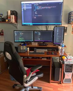 Credit: ・・・ My workstation in my company – Best Style Ideas Computer Gaming Room, Computer Desk Setup, Pc Desk, Best Gaming Setup, Gaming Room Setup, Pc Setup, Home Office Setup, Home Office Design, Deco Gamer