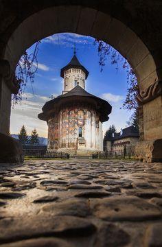 Moldovita monastery - Bucovina, Romania - by Sveduneac Dorin Lucian - UNESCO Visit Romania, Romania Travel, Bulgaria, Bucharest Romania, Kirchen, Eastern Europe, World Heritage Sites, Places To See, Beautiful Places