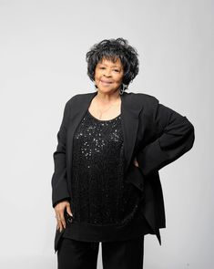 Yvonne Staples Photos - Singer Yvonne Staples poses for a portrait at the 42nd NAACP Image Awards held at The Shrine Auditorium on March 4, 2011 in Los Angeles, California. - 42nd NAACP Image Awards - Portraits