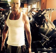 Media Tweets by Luke Goss (@LukeGoss) | Twitter - Don't let a tough day slow you down #StayStrong