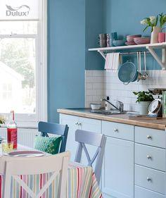 Pebble drift 4 is a relaxing zen colour, retreat into your kitchen for enjoy your space. #colour #paint #dulux #blue #inspire