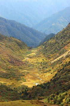 Tangbue, Bhutan Bhutan, Cool Landscapes, Grand Canyon, I Am Awesome, Mountains, Nature, Travel, Photography, Naturaleza