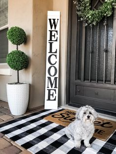 Welcome Signs Front Door, Wooden Welcome Signs, Front Porch Signs, Front Door Decor, Outside House Decor, Outdoor Entryway Decor, Front Porch Remodel, White Porch, Diy Porch