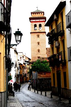 Granada, Big Ben, Witch, Outfit, Building, Travel, Lanterns, Street, Cities