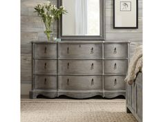 Shop for the Hooker Furniture Beaumont Nine-Drawer Dresser at Olinde's Furniture - Your Baton Rouge and Lafayette, Louisiana Furniture & Mattress Store 9 Drawer Dresser, Top Drawer, Drawer Pulls, Grey Bedroom Set, Vintage Dressers, Hooker Furniture, Natural Wood, Delicate, Copper