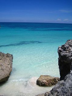 Tulum turquoise water by austinevan, via Flickr