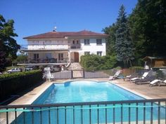 Big is beautiful! 399,000 EUR - see www.frenchpropertylinks.com for more details
