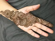 Arabic Simple Easy Front Hand Mehndi Design
