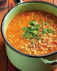 Dit is winter en dus die perfekte tyd vir lekker sop. South African Dishes, South African Recipes, Easy Dinner Recipes, Soup Recipes, Easy Meals, Tripe Recipes, Coffee Recipes, Crock Pot Cooking, Cooking Recipes