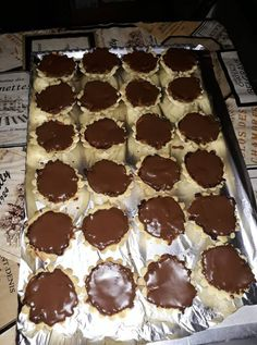 Zserbókosárkák, ha valami bámulatos édességgel készülnél az ünnepekre! Winter Food, Food Styling, Nutella, Muffin, Food And Drink, Waffles, Cookies, Drinks, Eat