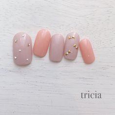 ワンポイントアートが可愛いブライダルネイルカタログ! | marry[マリー] Japanese Nail Art, Chic Nails, Feet Nails, Elegant Nails, Fabulous Nails, Nail Trends, Wedding Nails, Pedi, Pretty Nails
