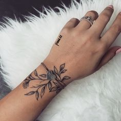 Mini Tattoos On wrist; meaningful tattoos 30 Mini Tattoos On Wrist Meaningful Wrist Tattoos Mini Tattoos, Love Tattoos, Beautiful Tattoos, Body Art Tattoos, Tatoos, Awesome Tattoos, Girly Hand Tattoos, Beautiful Meaningful Tattoos, Cute Wrist Tattoos