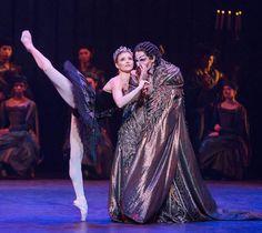 Express: Alina Cojocaru as Odette & James Streeter as Rothbart