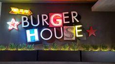 Πατητή τσιμεντοκονία. Εφαρμογή σε Goody's Burger στην Αρετσού.