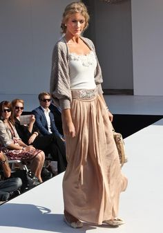 Pretty skirt!