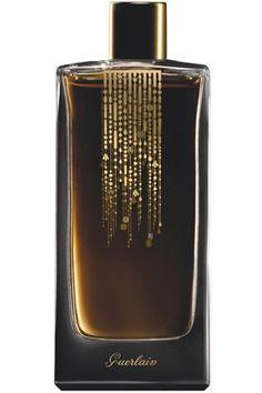 Songe d'un Bois d'Ete by Guerlain is a warm, balsamic, smokey Woody Spicy fragrance featuring jasmine, patchouli, cedar, saffron, cardamom, myrrh, oud and bay leaf. - Fragrantica