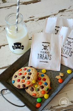 cute idea for school lunches to get them in the Halloween spirit