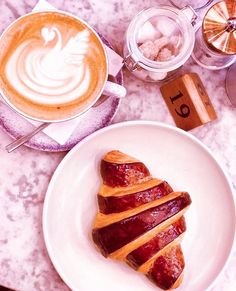#ElanCafe #London #Mayfair #ParkLane #LondonLife #Foodies #2019 #Brunch #CoffeeShop #CoffeeClub #BreakfastLondon #Beauty #Knightsbridge #LondonFood #ThisIsLondon #OxfordStreet #Selfridges #SelfridgesLondon #PinkInterior #Breakfast #Belgravia #ElanCafeLondon #EatLiveAndNourish Coffee Club, Coffee Shop, Selfridges London, London Food, Oxford Street, London Life, Foodies, Brunch, Breakfast