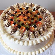 Фотография Tiramisu, Bakery, Birthday Cake, Sweets, Ethnic Recipes, Food, Recipes, Sweet Treats, Sweet Pastries