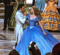 "Lily James and Richard Madden in ""Cinderella"" Cinderella Live Action, Cinderella Movie, Cinderella 2015, Disney Princess Dresses, Cinderella Dresses, Aladdin Princess, Princess Aurora, Princess Bubblegum, Richard Madden"