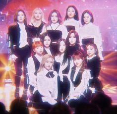 Kpop Girl Groups, Korean Girl Groups, Kpop Girls, Extended Play, Sooyoung, K Pop, Fanart, Singing In The Rain, I Love Girls