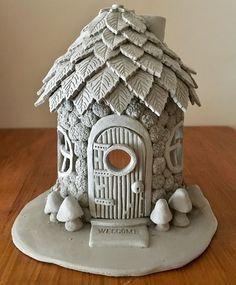 Clay Fairy House, Fairy Garden Houses, Fairy Gardens, Fairies Garden, Mini Gardens, Gnome House, Clay Houses, Ceramic Houses, Ceramic Clay