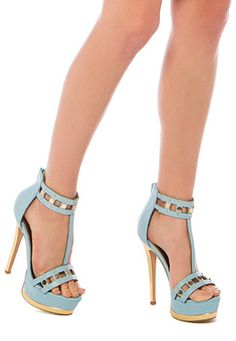I dont usually go for this style, but these are darling!