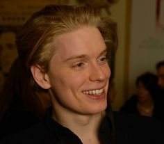 Freddie Fox of Cucumber and Banana Pretty People, Beautiful People, Louis Weasley, Freddie Fox, Laurence Fox, Neville Longbottom, Actor Model, Celebs, Celebrities