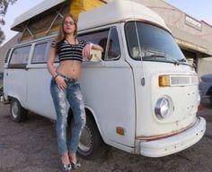 1975 Volkswagen Bus/Vanagon Camper Type 2 Riviera Conversion