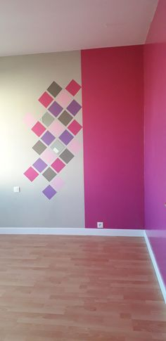Bedroom Wall Designs, Bedroom Wall Colors, Wall Paint Colors, Wall Painting Decor, Stencil Painting On Walls, Wall Decor, Room Decor, Wall Paint Colour Combination, Geometric Wall Paint