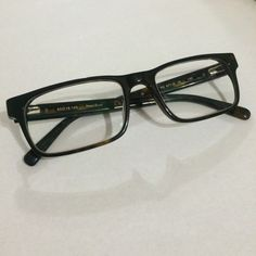 hipster perry ellis frames these have that on trend deep lens shape they are prescription