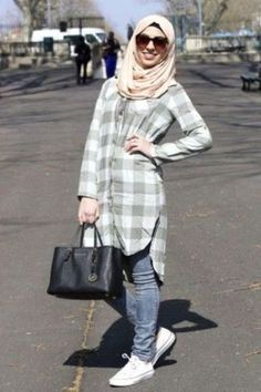 plaid long shirt dress with jeans-Cute hijab for teens http://www.justtrendygirls.com/cute-hijab-for-teens/