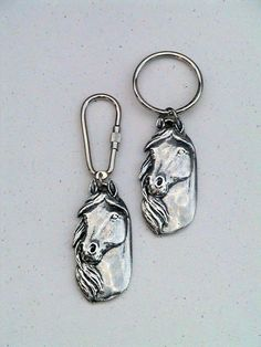 Hey, I found this really awesome Etsy listing at https://www.etsy.com/listing/157382904/pewter-horsehead-keychain-horse-keychain