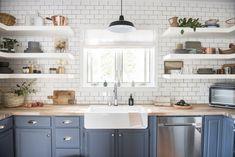 Sunset Magazine's Smart Cottage Gets A Decorist Makeover - Kitchen Ideas Blue Kitchen Cabinets, Kitchen Shelves, Kitchen Reno, Kitchen Dining, Shaker Cabinets, Kitchen Remodeling, Open Cabinet Kitchen, How To Remove Kitchen Cabinets, Subway Tile Kitchen