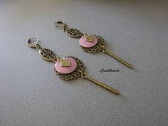 Boucles d'oreilles femme, bronze  sequin émaillé connecteur , filigrane, rose, lilas  bronze, chic tendance, ethnique bijoux création unique de la boutique creabibenval sur Etsy