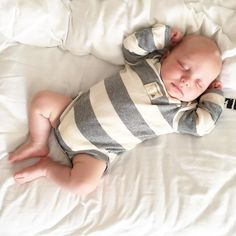 Little man Cash takes a very big nap in style! Thank you @pastvrehome for sharing this adorable photo! #burtsbeesbaby #fanphoto #babyfashion