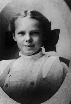 AMELIA MARY EARHART Pionera de la aviación (Atchison, Kansas USA)