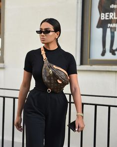 Outfits Why Do People Gamble? Classy Outfits, Casual Outfits, Cute Outfits, Fashion Outfits, Women's Fashion, Bmw Hp2, Bmw 1200, Estilo Kylie Jenner, Louis Vuitton Belt