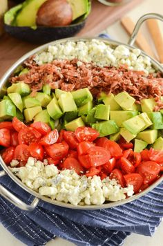Copycat Maggiano's Chopped Salad Recipe! Crispy pancetta, avocado, tomatoes, blue cheese (or gorgonzola) and a delicious homemade dressing! Maggianos Chopped Salad, Chopped Cobb Salad, Mexican Chopped Salad, Italian Chopped Salad, Chopped Salad Recipes, Healthy Salad Recipes, Chef Salad Recipes, Yummy Recipes, Blt Pasta Salads