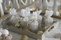 Golden Christmas / Christmas table / Decorations / Gift wrapping